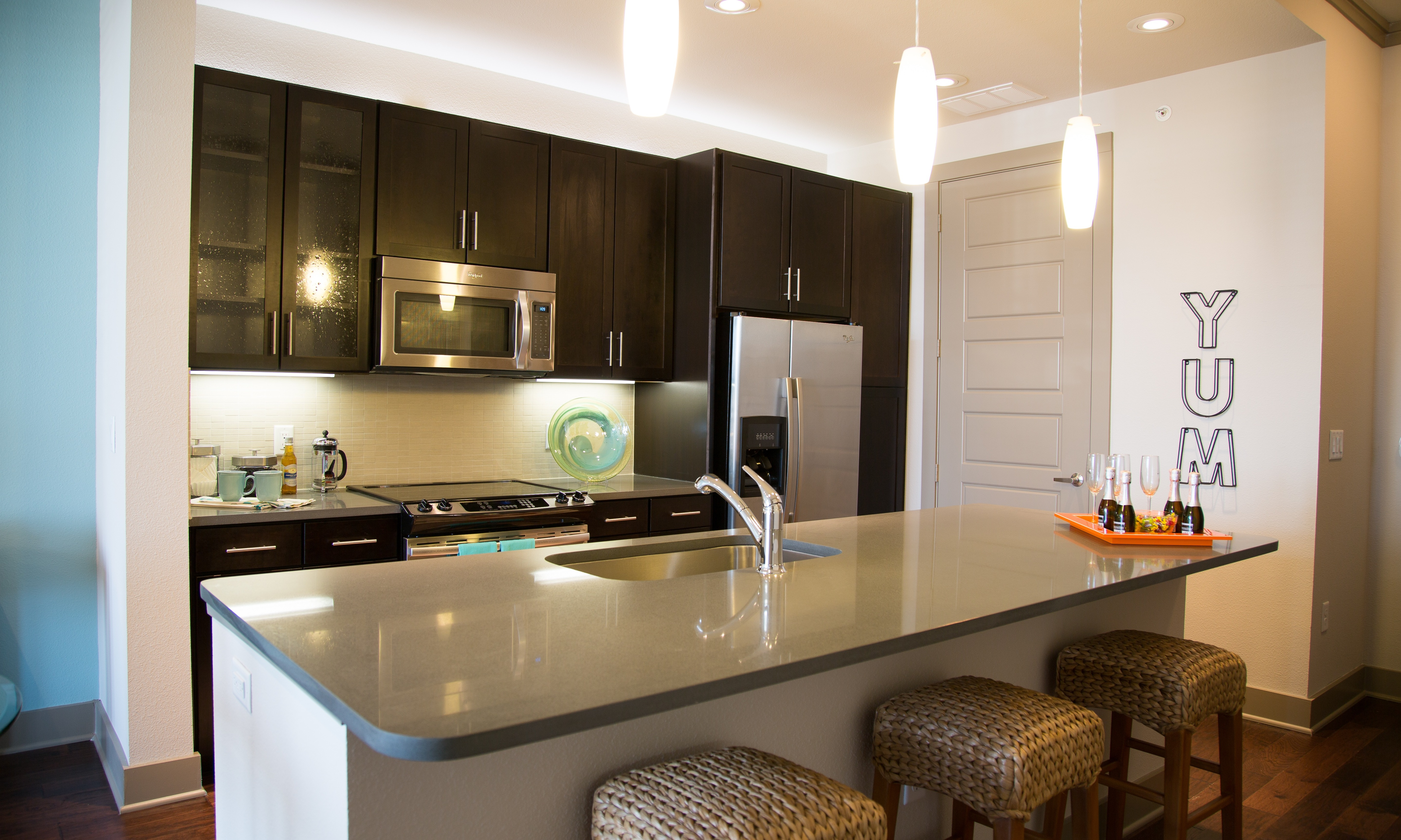 2 Bedroom Apartments In Dallas Tx Uptown Home Decor